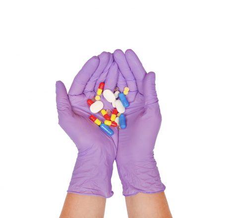 Látex e medicamentos podem causar anafilaxia durante procedimento cirúrgico